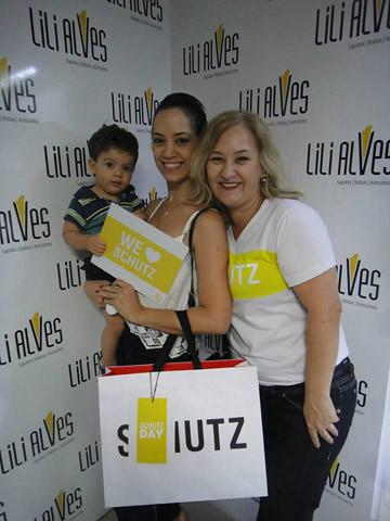Luciene Andrade Roque e Leidy Campos.