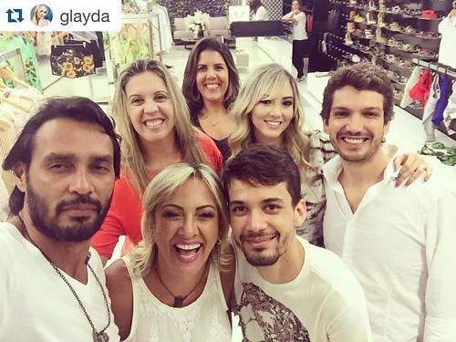 Flávio, Claudinha Damasceno, Glayda Artuso, Gilson Bitencourt e Fábio Sodre