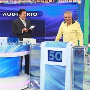 """Carlos Alberto comenta jeito de Silvio Santos: """"Peça aumento para ver"""""""