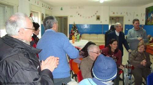 canti-alla-casa-di-riposo-2014-11