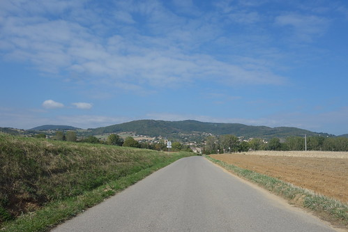 À l'heure du déjeuner, Pelico reprend la route, direction l'école de la Rotonde à Lapeyrouse