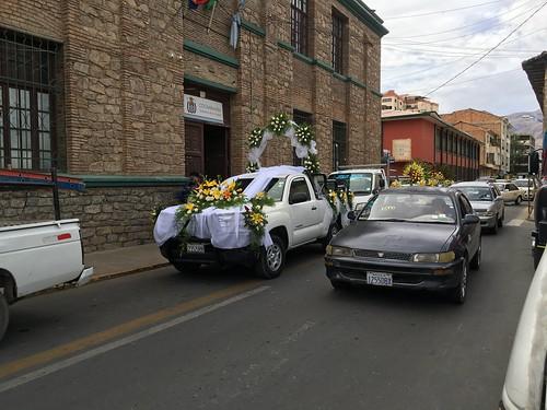 Les taxis sont eux indiqués par un autocollant jaune ou blanc