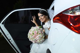 A chegada da noiva Aiala à Igreja