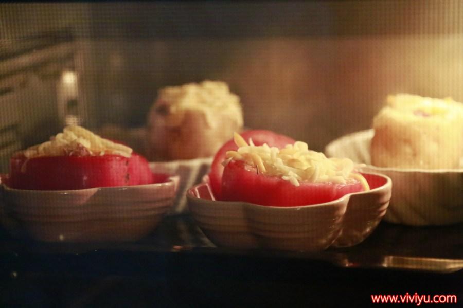 [體驗]大同全功能蒸氣烤箱實作練習~28公升大容量.9種內建功能.『少油煙食譜』分享-烤雞腿節瓜、海陸雙拼樂逍遙、藏寶圖、焦糖布丁作法 @VIVIYU小世界