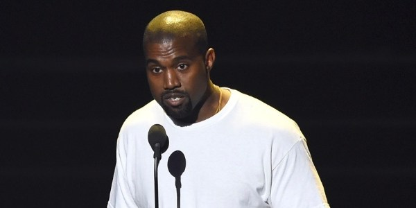 Kanye West recebe alta de hospital após uma semana de tratamento