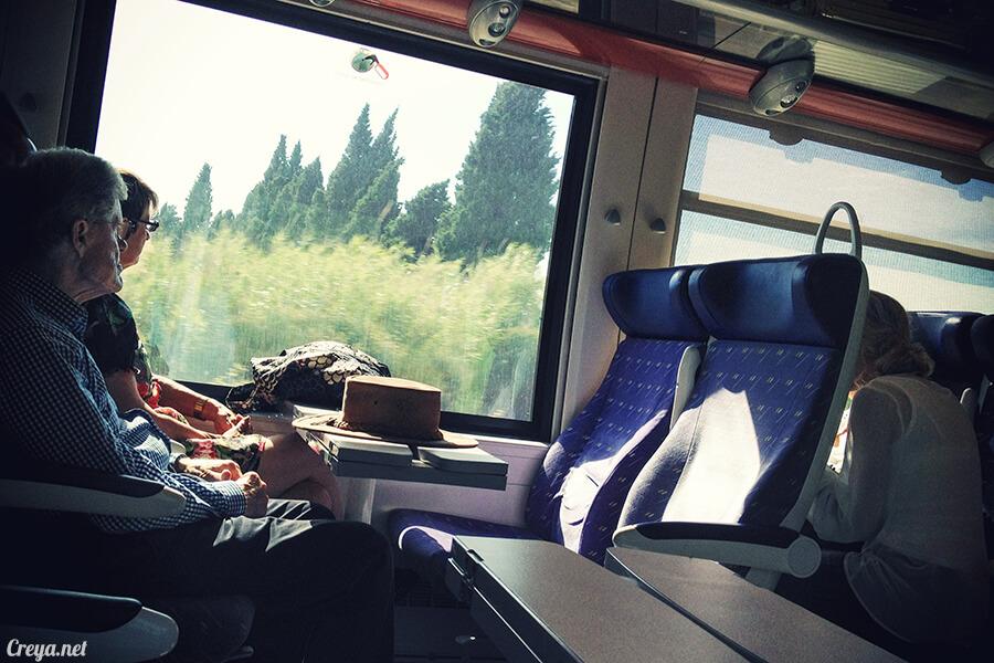 2016.10.30 | 看我的歐行腿| 一個人旅行南法亞爾勒 Arles,但永遠不會是一個人 02
