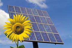 Energías renovables. Imagen de Sumaji Solar bajo licencia CC