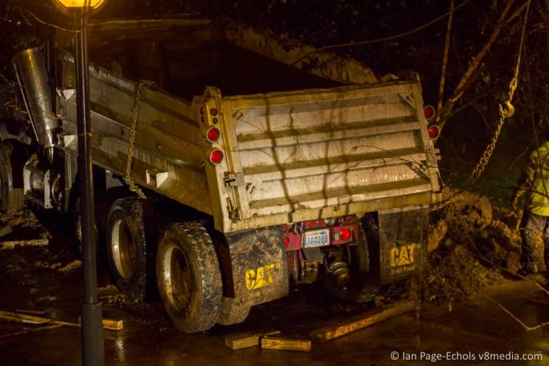 Peterbilt truck flipped back onto its wheels