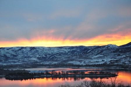 Winter sunrise over Pineview Reservoir