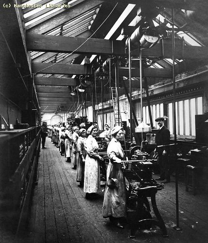 Women Munitions Workers, 1917