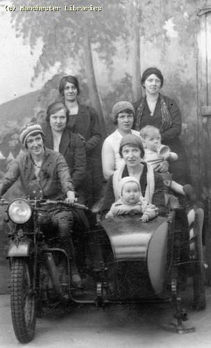 Womens Picnic, 1930