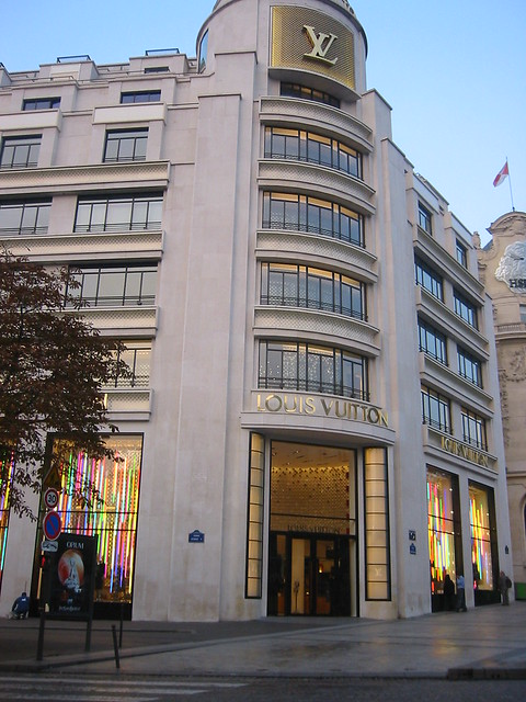 Louis Vuitton Paris Flagship Store | Flickr - Photo Sharing!