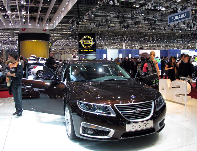 Saab 9-5 Brown Auto Show via Flickr