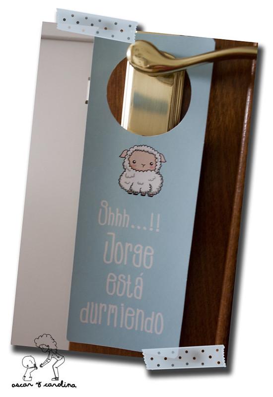 colgador puerta bebe