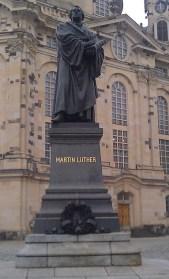 Luther-Denkmal vor der Frauenkirche in Dresden