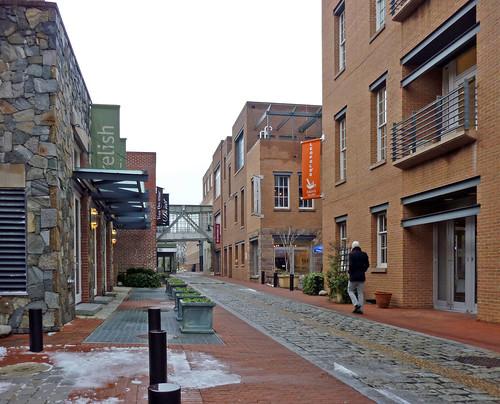 Cady's Alley, rainy day