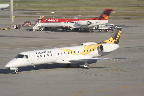 Embraer ERJ-145 da Passaredo @ SBGR