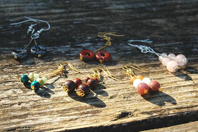 Studio Paars - handmade gemstone earrings / handgemaakte edelsteen oorbellen
