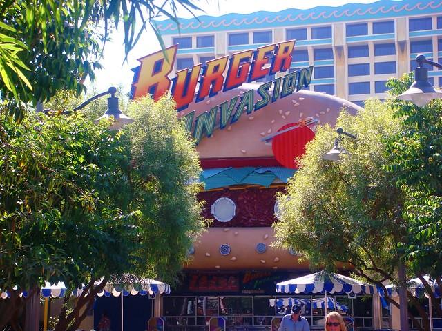 Burger Invasion (DCA Past)