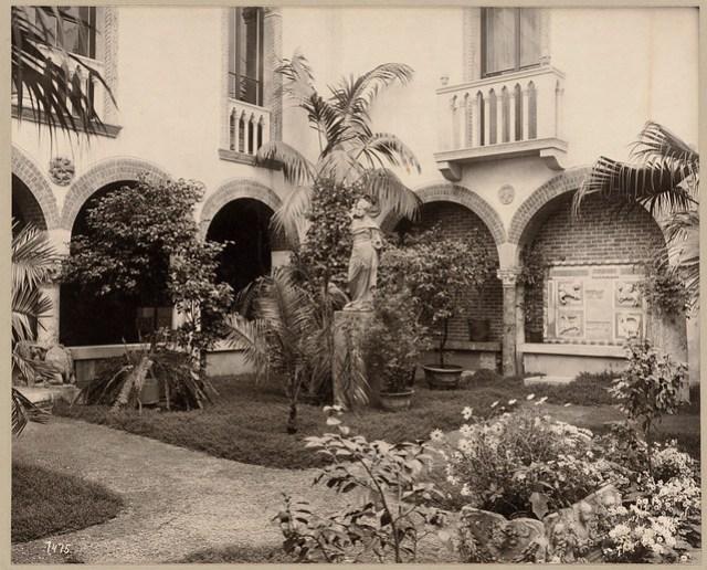 Fenway Court. Courtyard