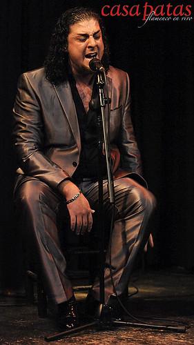 Antonio Fernández cantando en nuestro tablao. Foto: Martín Guerrero