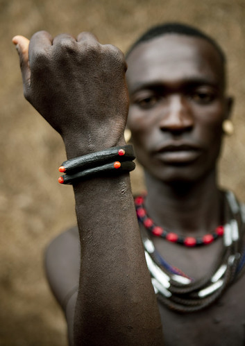 Menit tribe man - Tum Omo Ethiopia