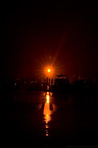 harbor light marina [smartphone wallpaper]