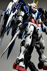 Custom Painted PG 00 Raiser Featured Kit GundamPH (16)