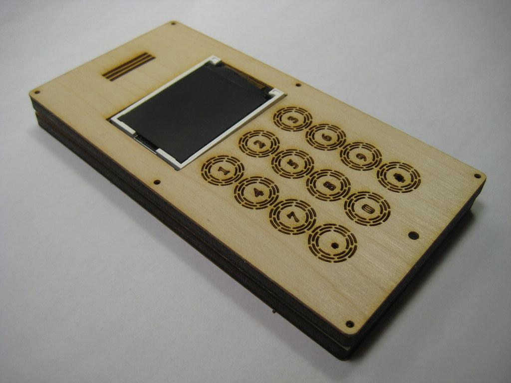 DIY Cell Phone - http://www.flickr.com/photos/mellis/