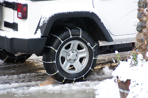5 Reasons To Install Tire Chains On Your Vehicle This Winter