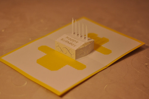 Birthday Pop Up Card: Square Cake