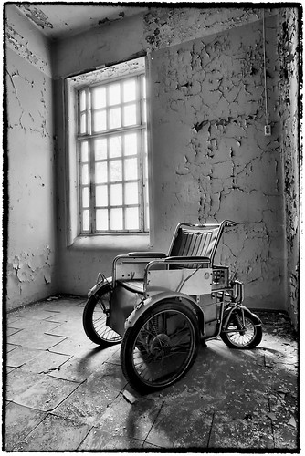 Electric Chair 2 by Davidap2009