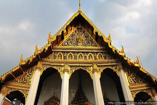 grand_palace_1