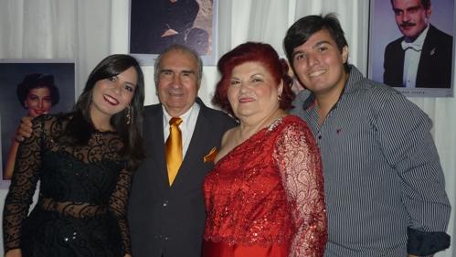 Bruna Pontes, Raul e Laura Loureiro, e o neto Lucas Loureiro