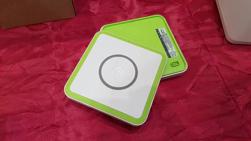 เลือกโมดูลต่างๆ มาต่อเพิ่มได้ เช่น Wireless charger