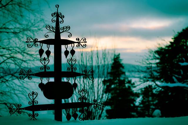Grave silhouette