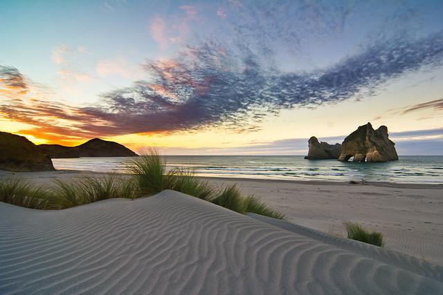 Wharariki Beach is the most gorgeous beach von EVER_