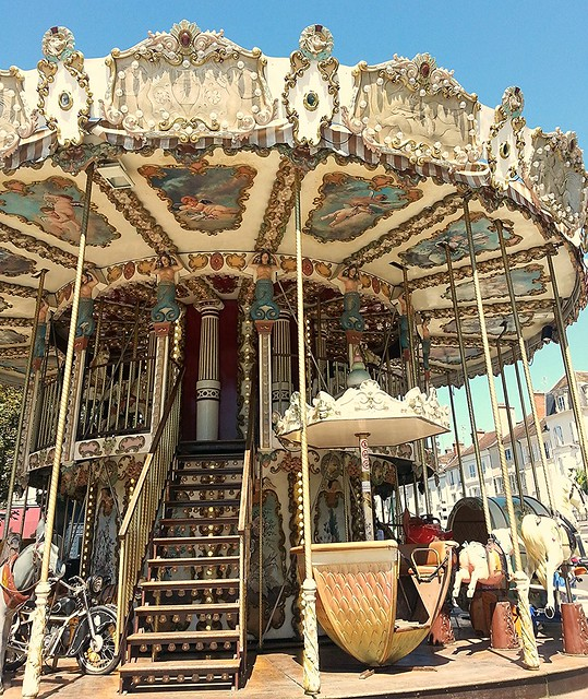 Romantic weekend at Fontainebleau, carrousel