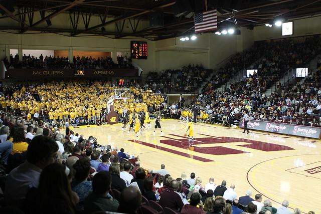 CMU Basketball 2010