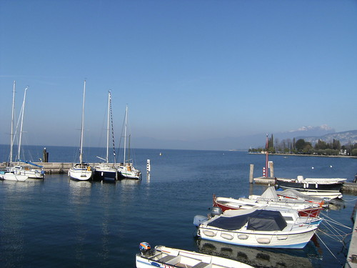 sailing boats in the harbor (bardolino)