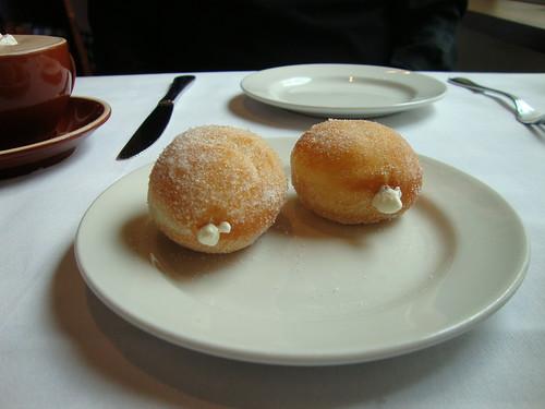 Bomboloni con Crema