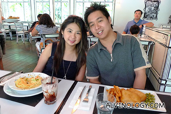 Mark and Meiyen enjoying their meal