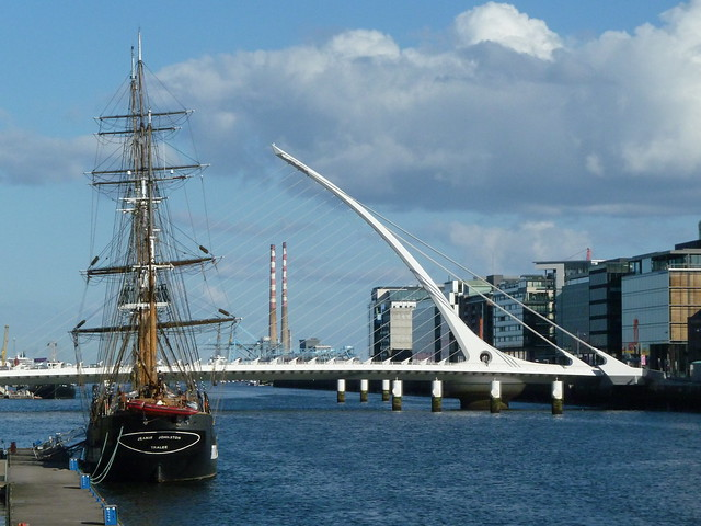 Jeanie Johnston and the Samuel Beckett Bridge 3 April