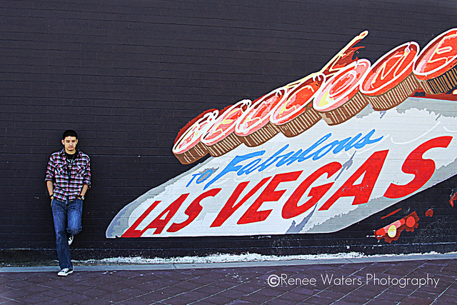 senior las vegas grafitti