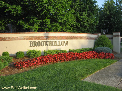 Brookhollow Louisville KY 40220 Homes For Sale Off Six Mile Ln Near South Hurstbourne Pkwy by EarlWeikel.com
