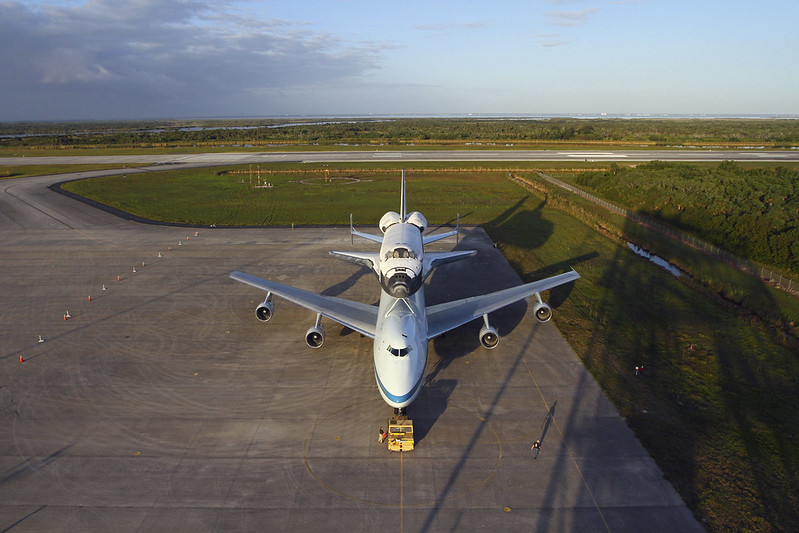 Discovery Atop SCA (KSC-2012-2260)