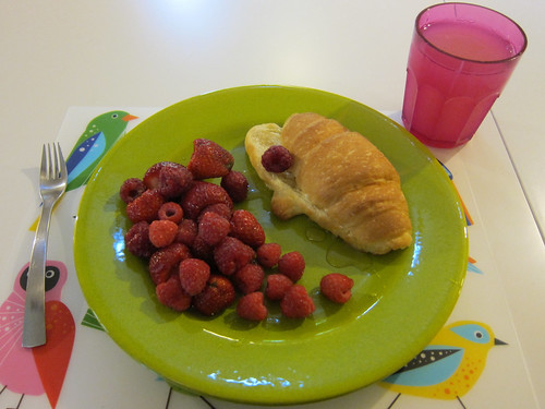 Croissant, Berries, Honey
