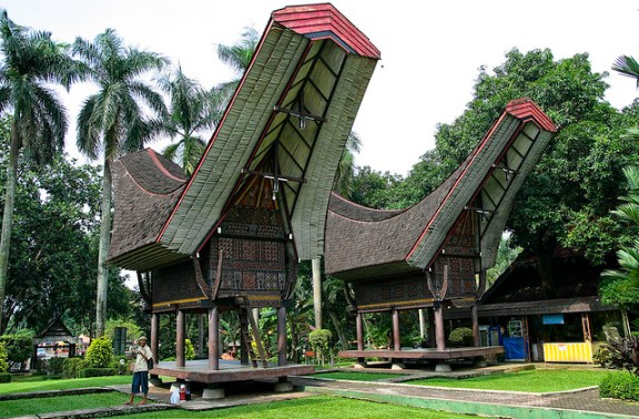 study in Indonesia, South Sulawesi architecture