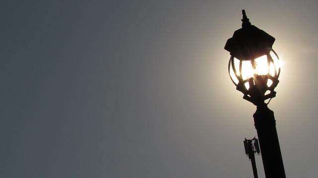 street light sunlight
