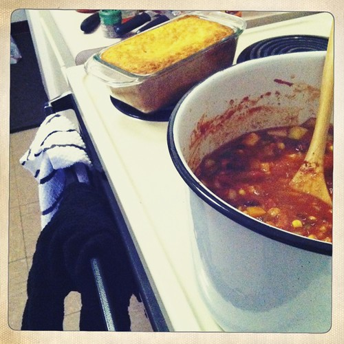 Veggie Chili and Cheddar Cornbread